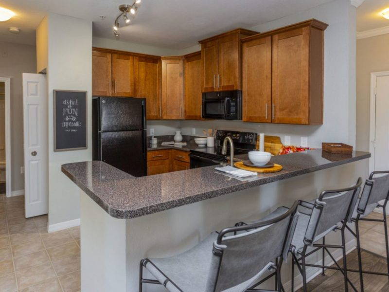 TGM University Park Apartments Breakfast Bar