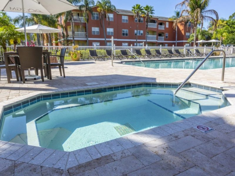 TGM University Park Apartments Whirlpool spa 2